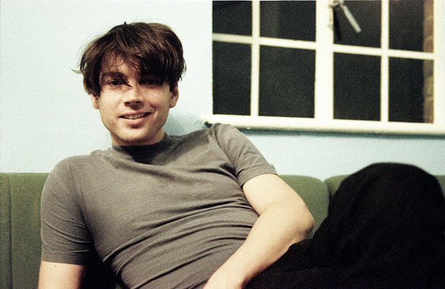 Alex James backstage at Brixton Academy 1997